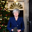불신임 투표 승리 위기 넘긴 영국 메이 총리