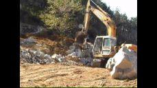 포크레인바가지로-조경석쌓기(동영상)시공자-그린조경건설중기